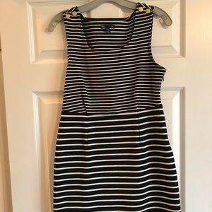 NWOT GAP Size 8 women's black and white dress